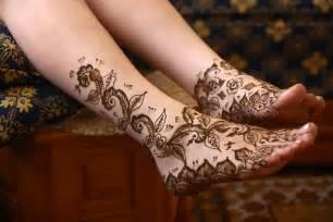 The tattoo world henna tattoos