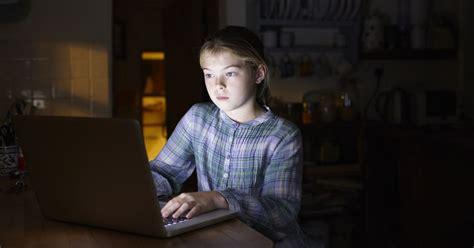 tween girls webcam mylol com teen dating website a playground for