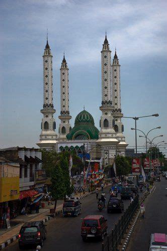 wallpaper masjid agung bandung masjid agung cilegon banten indonesia mosques