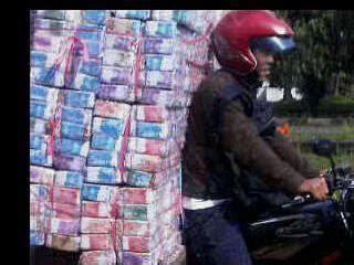 Mainan Lucu Iq bonus uang palsu di jajanan anak new iqmal tahir s
