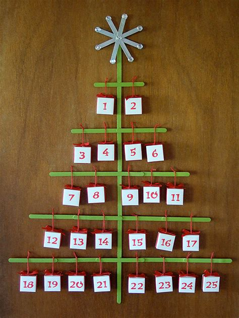Origami Advent Calendar - craft stick tree advent calendar with origami