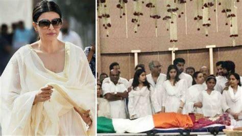 sridevi funeral sridevi funeral janhvi khushi kapoor showed immense