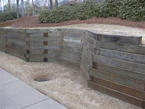 Remarkable Retaining Wall Ideas Improve The Beauty Of Your Garden Wall Materials