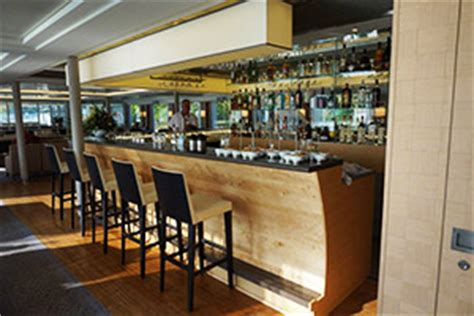 What Can Expect Bars by What To Expect On A Cruise Cruise Ship Bars Cruise Critic