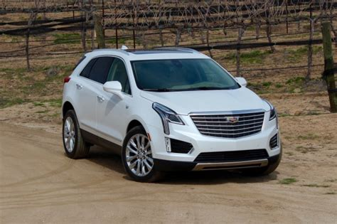 2019 cadillac xt5 is 2019 cadillac xt4 crossover the next in hybrid for