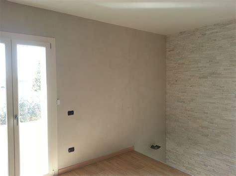 tipi di pittura per pareti interne pitture per interni ed esterni pedemontana restauri