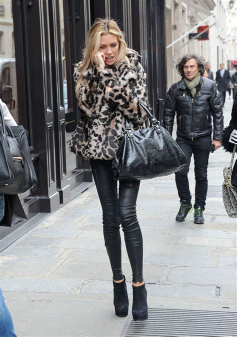 Leather Styles by Photos Pantalon En Cuir De Abigail Clancy Photos