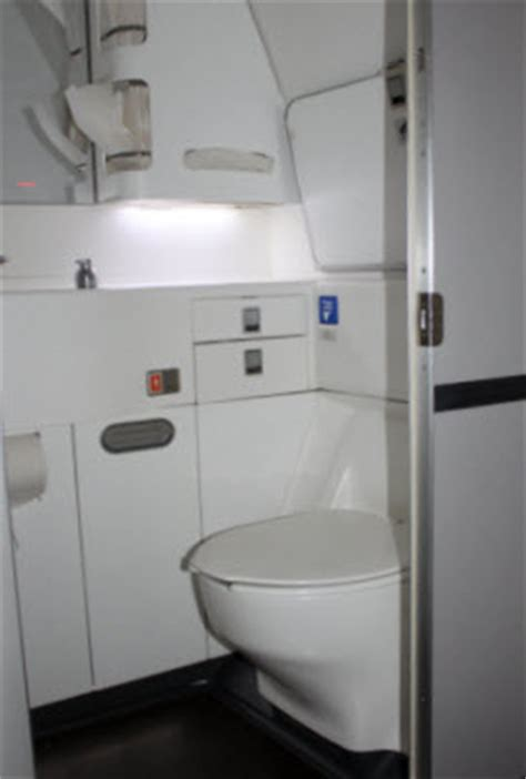 how to use bathroom in flight accessible travel air new zealand 777 300 in flight