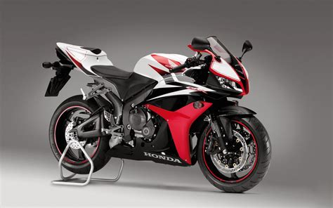 Honda Cbr 600rr wallpapers honda cbr 600rr wallpapers