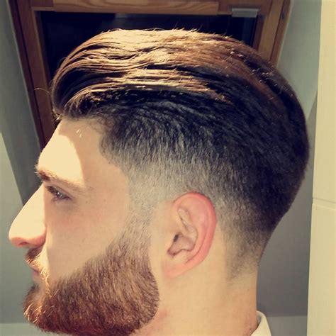 trending hairstyles for 45 oltre 25 fantastiche idee su tagli capelli ricci uomo su