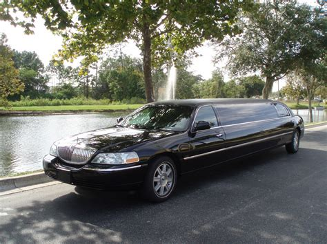 lincoln town car limo for sale 2007 10 passenger lincoln town car limousine for sale