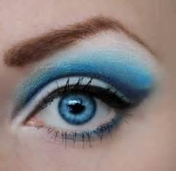 Eyeshadow Blue blue eyeshadow by pinkpanda92 on deviantart