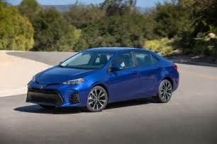 Toyota Se 2017 Toyota Corolla Reviews And Rating Motor Trend