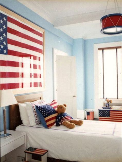 creative ways  display  american flag indoors