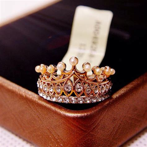 jewels ring crown princess diamonds pearl rings and