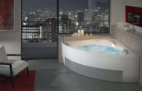 bagno con vasca ad angolo bagno moderno con vasca ad angolo