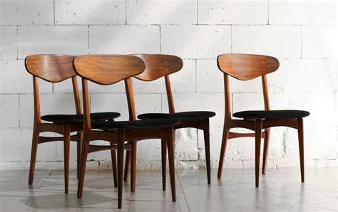 top retro vintage teakhout stoelen jaren 50 zwarte zitting