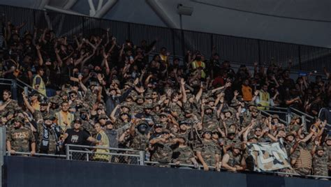 lafc supporters groups don camouflage  united front