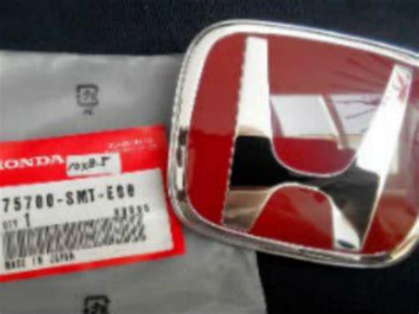Emblem Brio Emblem Tulisan Brio Emblem Brio Honda Ori emblem honda brio honda mobilio ukuran 10x8 5cm