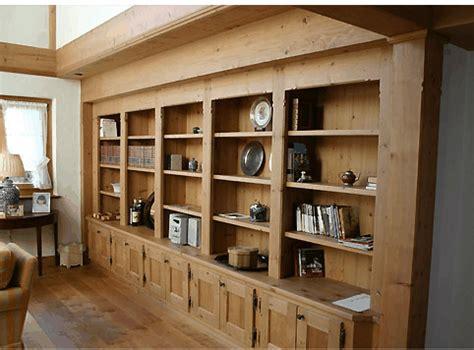 librerie per casa libreria in legno per casa montagna