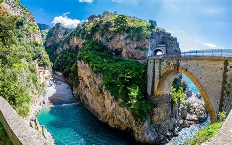 costa praiano la costiera amalfitana 10 posti da visitare in costiera