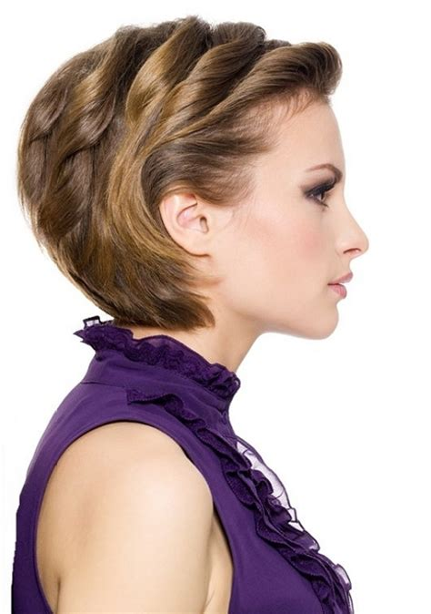 short haircuts classic hairstyles 30 sexy short hairstyles for thick hair creativefan