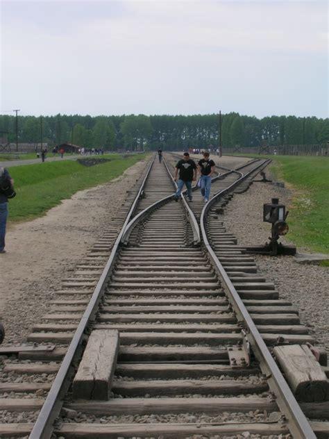 ingresso auschwitz auschwitz ii birkenau ingresso ferroviario e scalo