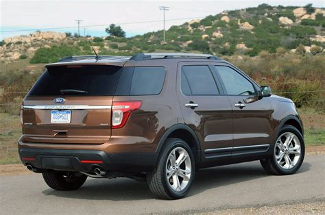 2011 Ford Explorer by 2011 Ford Explorer Drive Photo Gallery Autoblog