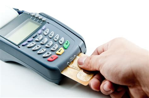 chip and pin vs chip and signature card hub emv switch chip and signature vs chip and pin