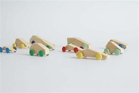 Handmade Childrens Toys - simple diy wooden cars