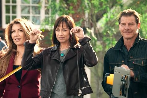 trading spaces trading spaces get a first look at the return ew com
