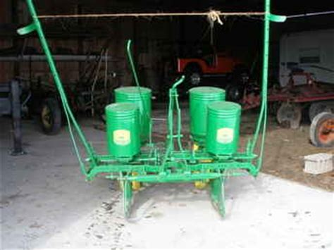 Deere 246 Corn Planter by Used Farm Tractors For Sale Deere Planter 246 247