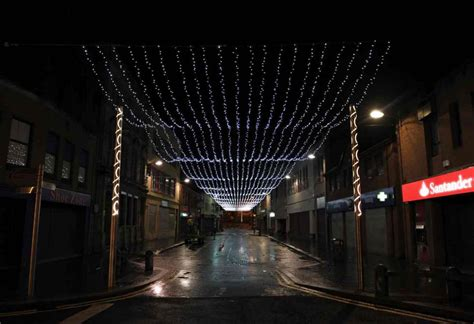 new christmas lights glittered but were not gold for local
