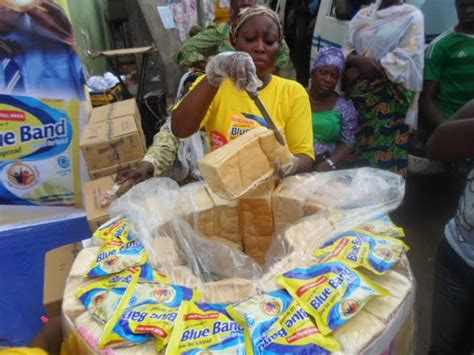 Blue Band Sachet blue band rewards wholesalers consumers at the 180g spread for bread sachet launch bellanaija