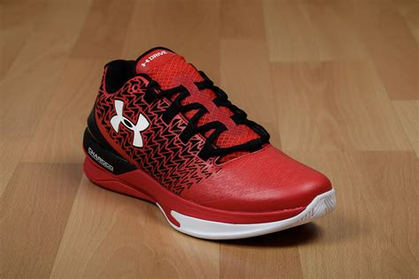 armour clutch fit basketball shoes armour clutchfit drive 3 low shoes basketball sil lt