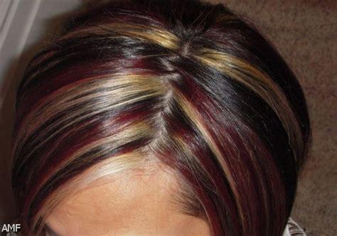 red highlights on black brown blonde hair hair fashion dark brown hair with blonde highlights and red lowlights