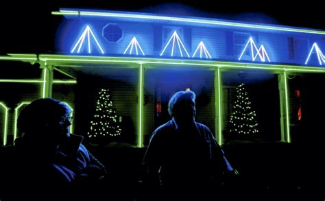 jeff miller s lights of christmas features cool the