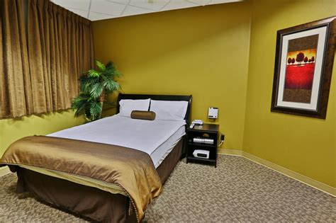comfortable adjustable air beds with fresh plush bedding hotel like facilities include cable