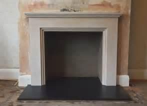 Limestone Fireplace Hearth by Best 25 Limestone Fireplace Ideas On