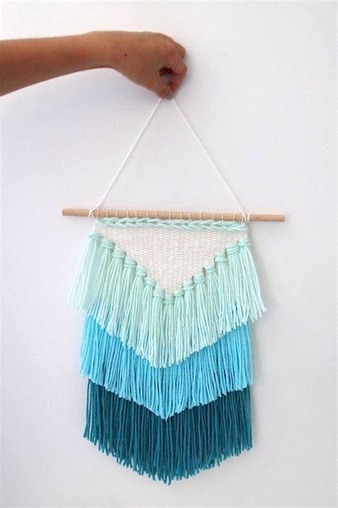 diy weaving how to make a tassel wall hanging mollie makes