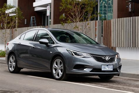 Yeni Opel Astra Sedan 2020 by 2018 Holden Astra Sedan Gets Ancap Nod But Misses Out On Aeb