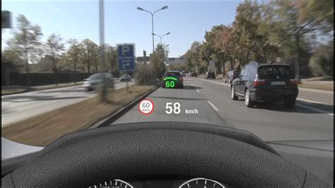 Bmw 3er Head Up Display by Bmw Vollfarbiges Head Up Display In Aktion Youtube