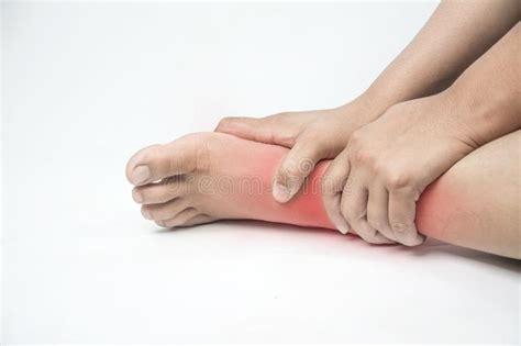 dolore alla caviglia interna ferita alla caviglia in esseri umani dolore della caviglia