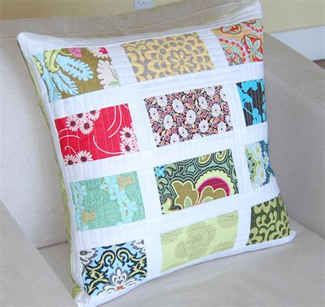 Patchwork Pillow - white banded patchwork pillows i to make quilts but