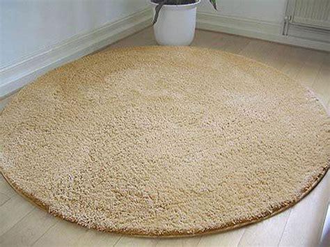 runder teppich braun teppich rund beige harzite