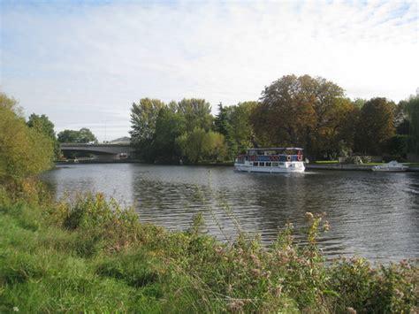 river thames  bridge   windsor  jonathan thacker cc  sa geograph britain