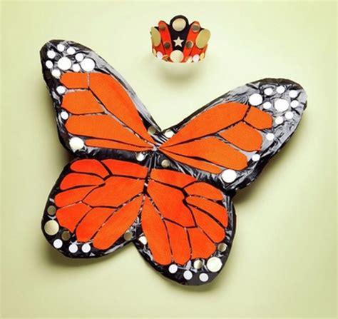 como hacer unas alas con bolsas de basura o carton de pajaro disfraz casero de mariposa fiestas y cumples