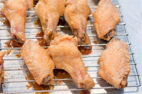 how long should you bake chicken wings