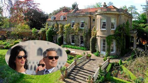 george clooney house los clooney convierten su mansi 243 n en un b 250 nker loc el mundo