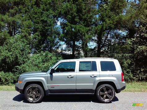 jeep patriot 2017 silver 2017 billet silver metallic jeep patriot 75th anniversary